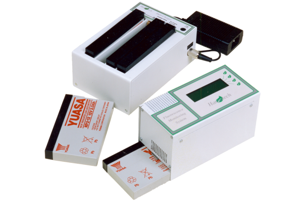 Field-swappable battery system for FMS 2 Pulse-Modulated Chlorophyll Fluorescence Monitoring System | Hansatech Instruments | Oxygen electrode and chlorophyll fluorescence measurement systems for cellular respiration and photosynthesis research